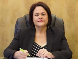 Dr Kathie Irwin